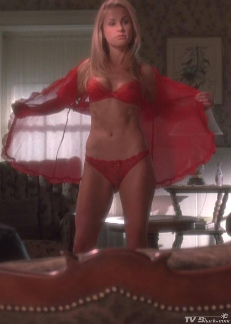 Anna paquin sexy pictures