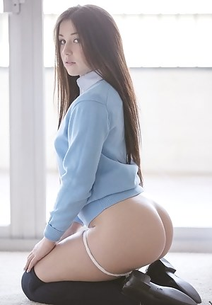 Perfect ass chick nude