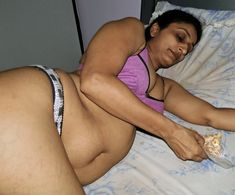 Nude images of indian aged aunties